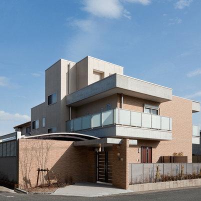 高級注文住宅建築「毎日の生活を重んじた高級住宅」画像