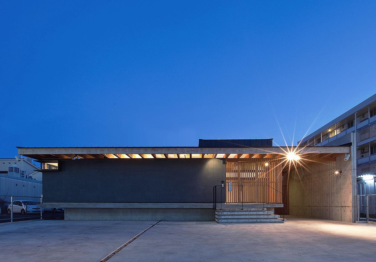 高級注文住宅建築設計事務所「+4 Architects」